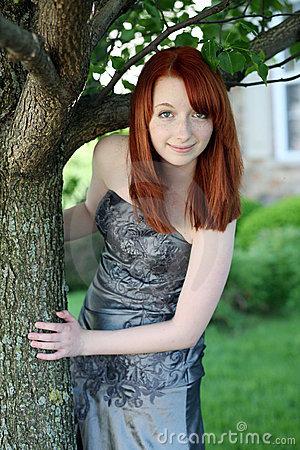 pretty-redhead-young-teen-girl-freckles-20448276.jpg